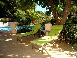 Rent-a-House-Spain, Altea 6-7 pers.Villa Pool BBQ - L'Alfas del Pi vacation rentals