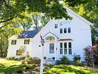 CHESTNUT COTTAGE - Town of Camden - Great Cranberry Island vacation rentals