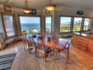 Ocean Front Luxury Home with Hot Tub! FREE NIGHT! - Yachats vacation rentals