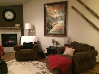 Pine Cone Inn - Sunriver vacation rentals