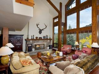 Luxury Home- Ski in and Out- 7 Bdrm - Sleeps 20+ - Edwards vacation rentals