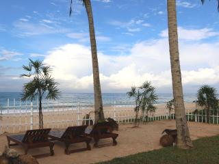 """Hikkaduwa Ocean Front/Brand New! """"The Palms Villa"""" - Hikkaduwa vacation rentals"""