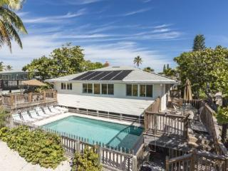 Crane Duplex - Amazing Beachfront Home for Large Families and Groups sleeping up to 15 with Private Heated Pool. Wheelchair acce - Estero vacation rentals