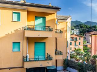 MONTEROSSO MARE 1 - NICE & QUIET APARTMENT - Pavia vacation rentals