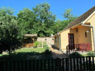Cosy cottage 'the Butterfly farm' - Baranya County vacation rentals
