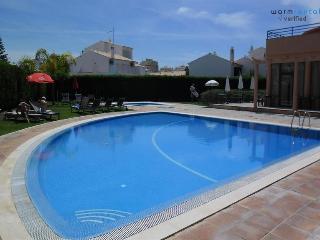 Quentao Blue Villa - Quarteira vacation rentals