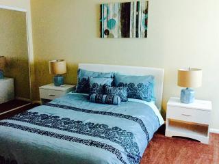 Cozy 2 Bedroom Condo with 2 Bathroom - Las Vegas vacation rentals