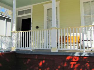 JJ Waring House-Great Victorian near Forsyth Park! - Savannah vacation rentals