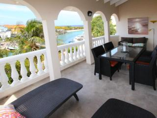 OCEAN SKY - 2 bedroom penthouse with ocean view - Otrobanda vacation rentals