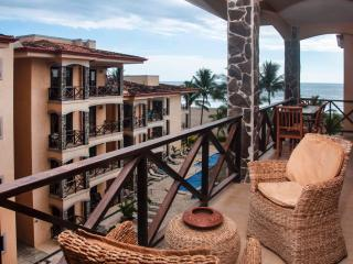 Beach Condo Private Terrace and Jacuzzi - Jaco vacation rentals