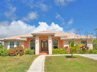HideawayBahamas Retreat with boat dock Port Lucaya - Freeport vacation rentals
