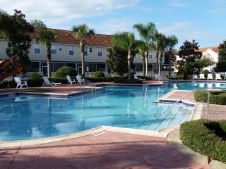 KISSIMMEE 4 BED, MOVIE STAR THEMED, DISNEY - Kissimmee vacation rentals
