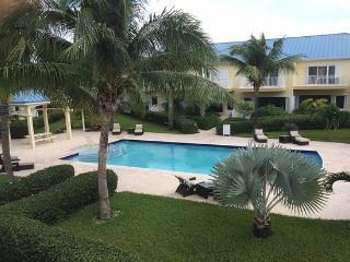 Close to Grace Bay Beach and Shops - Leeward vacation rentals