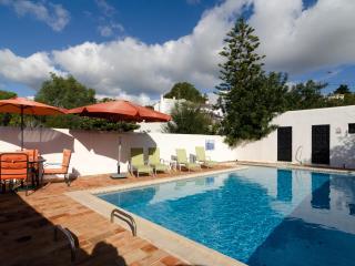 Cosy 4 bedroom villa in Carvoeiro - Carvoeiro vacation rentals