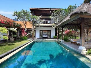 Villa Margarita- NEW Style and luxury on the coast - Jimbaran vacation rentals