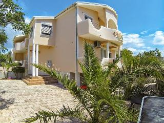 Cozy apartments 150 meters from the beach - Vir vacation rentals