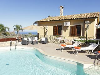 VILLA ANDREA - Castellammare del Golfo vacation rentals