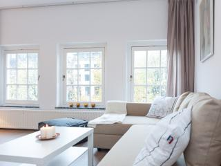 New Canal View Apartment in center - Amsterdam vacation rentals