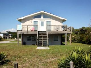 Albatross 7702 East Beach Drive - Oak Island vacation rentals