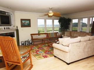 Coastal Living 1006 West Pelican Drive - Oak Island vacation rentals