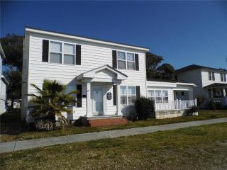 Corlette House 206 West Bay Street - Southport vacation rentals