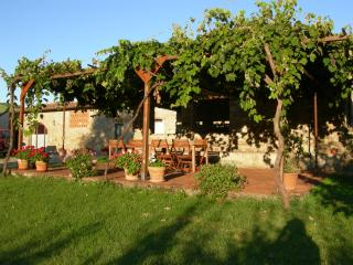 Agriturismo LE PIALLE - Pontassieve vacation rentals