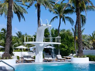 """THE SEA""OCEAN VIEW STUDIO @THE SHELBORNE WYNDHAM - Miami Beach vacation rentals"