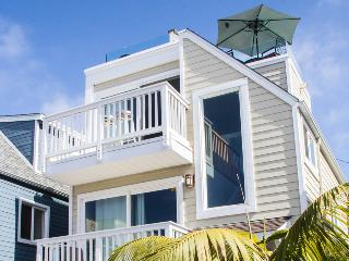 Luv Surf Luxury Home with Ocean View Roof Top Deck - San Diego County vacation rentals