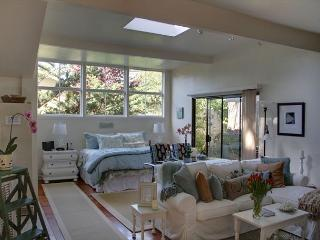 3292 Restful Refuge Guest House ~ Designer Decor, Close to the Beach - Carmel vacation rentals