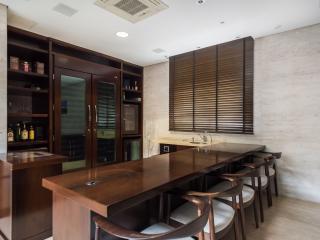 Sleek & Spacious 3 Bedroom Apartment in Jardins - Sao Paulo vacation rentals