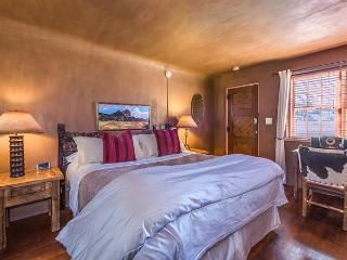 Casita Corazon - Luxury studio with private patio.  Walk to Plaza! - Santa Fe vacation rentals