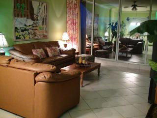 Two Bedroom villa with beachfront views! - Miami Beach vacation rentals