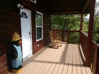 Pigeon Forge Cabin - Papa Bear - Pigeon Forge vacation rentals
