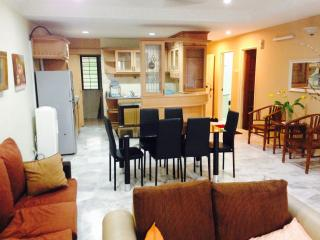 Shah Alam Sri Alam Condominium @ Club Golf - Selangor vacation rentals