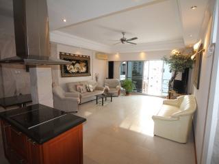 Luxury 1 Bed Condo 100m From Beach - Pattaya vacation rentals