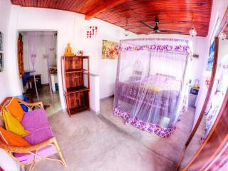 lovely & cosy appartment in galle fort - Sri Lanka vacation rentals
