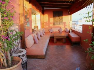 LOVELY,COSY, MODERN FLAT, RABAT, SEA VIEW, TERRACE - Salé vacation rentals