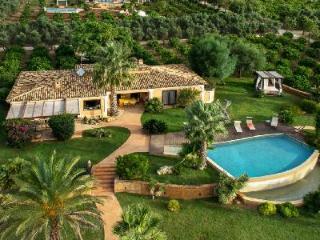 Quiet & Private, Villa Donna Nina boasts Pool & Access to Beach, Golf & Sites - Menfi vacation rentals