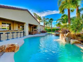 Luxurious Villa Cambria with Pool, Hot Tub & Easy Access to Golf & Town - Coachella vacation rentals