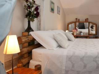 Charming Central Apartment - Split vacation rentals