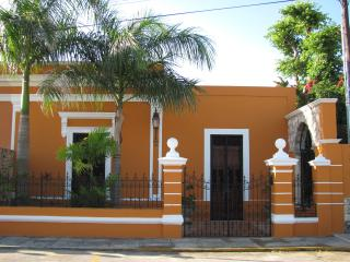 Villa Paloma Bonita - Merida Historic Center - Tecoh vacation rentals