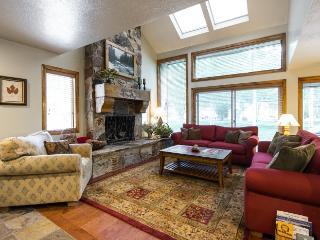Queen Esther condo 3-bedroom+ Loft - Park City vacation rentals