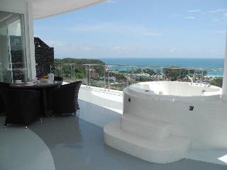 Appartement Penthouse Terrasse Pleine Vue Mer Kata Karon - Saraburi Province vacation rentals