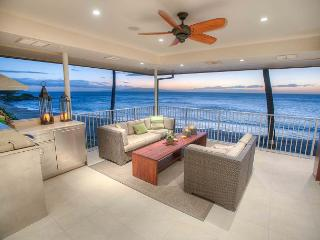 Beachfront 4 bed 4 bath Penthouse with a Stunning Panoramic Ocean View - Kihei vacation rentals