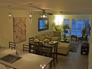 Luxurious & Spacious Condo starting at $150 CAD including underground parking - Victoria vacation rentals