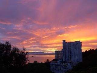 Luxury Living and Stunning Sea Views Batu Feringhi - Batu Ferringhi vacation rentals
