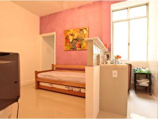 CHARMING APARTMENT COPACABANA R007 - Brasilia vacation rentals