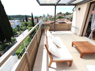 MAKADO One-Bedroom Apartment with Sea View (KARLA) - Rovinj vacation rentals