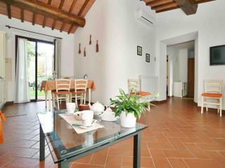 Big Apartment with Pool in Chianti - San Donato in Poggio vacation rentals