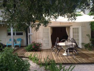 Olde Beach House 2 double ensuites close to beach - Providenciales vacation rentals